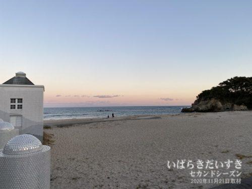 伊師浜海水浴場。