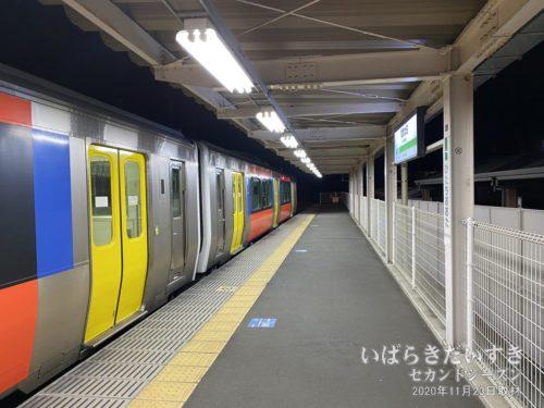折返し、水戸駅行きの水郡線、気動車。