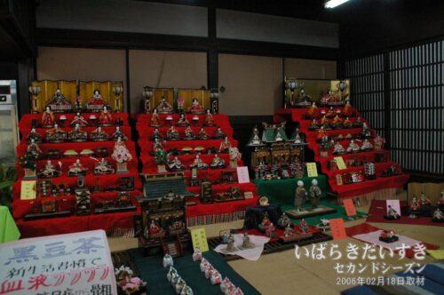 満寿庵たちかわ 雛人形展示(2006年02月撮影)