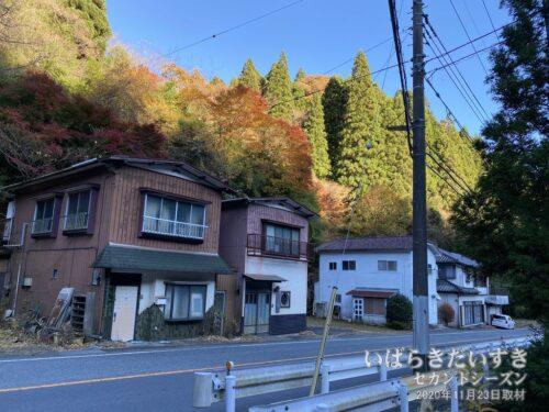本山地区の住宅。この裏手に本山劇場があったとされています。