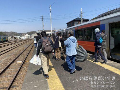 JR常陸大子駅に到着。1年半ぶりの運転再開です。