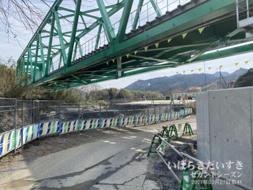 こちら側から第6久慈川橋梁に訪問するのは、通。